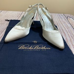 """- Brooks Brothers size 6 3"""" heel silver pump…"""